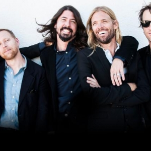 "Foo Fighters estrena el video de ""Something from nothing"""